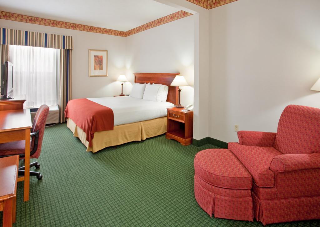 Holiday Inn Express Batesville