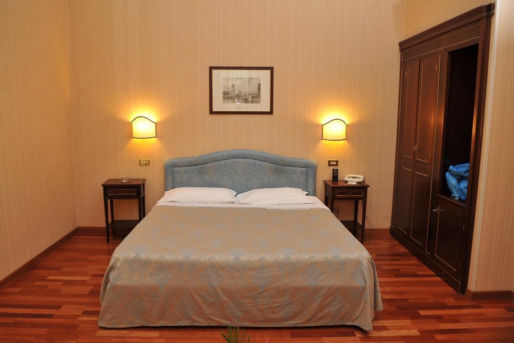 大阿爾貝格奎特羅史塔吉歐尼飯店