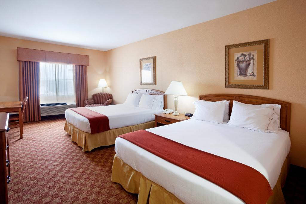 Holiday Inn Express Hotel & Suites Cedar Park (NW Austin)