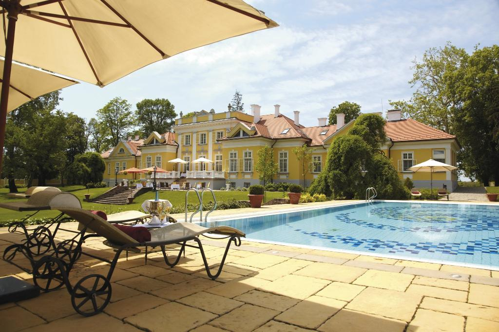 Hertelendy Kastely Hotel