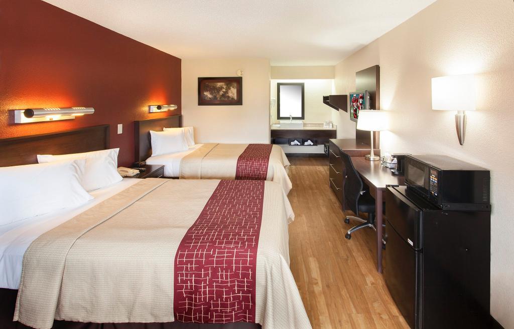 Red Roof Plus+ Washington DC-Rockville
