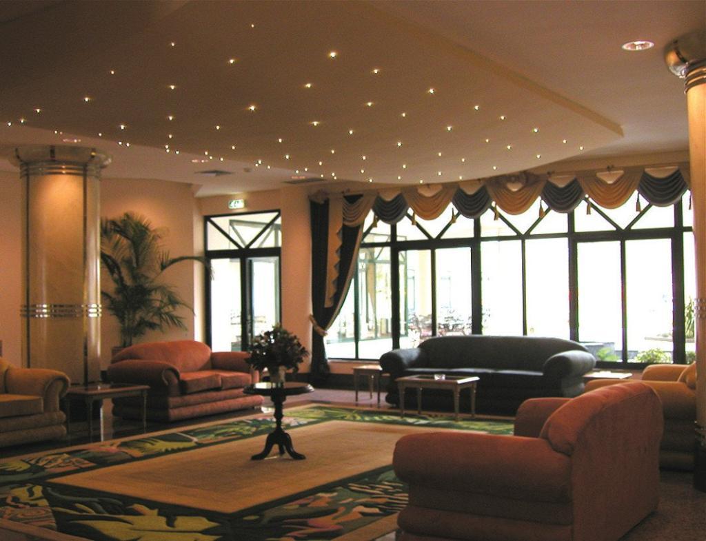 VIP Grand Maputo Hotel