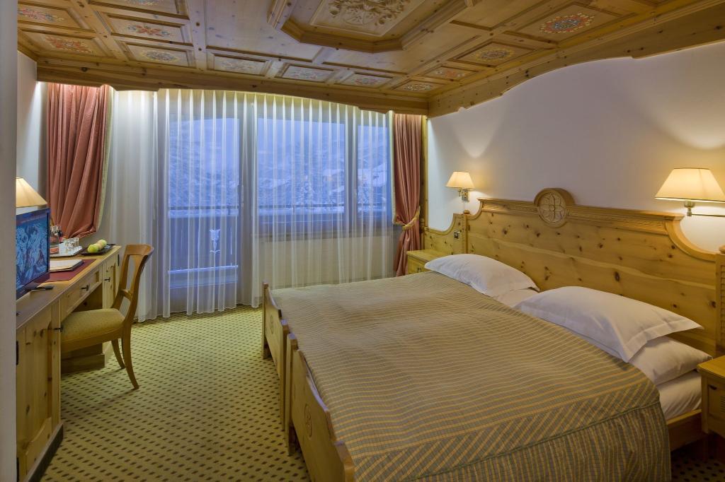 Allalin Swiss Alpine Hotel