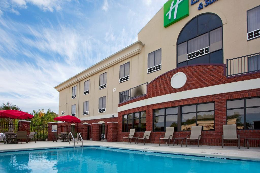 Holiday Inn Express Hotel & Suites Quincy I-10
