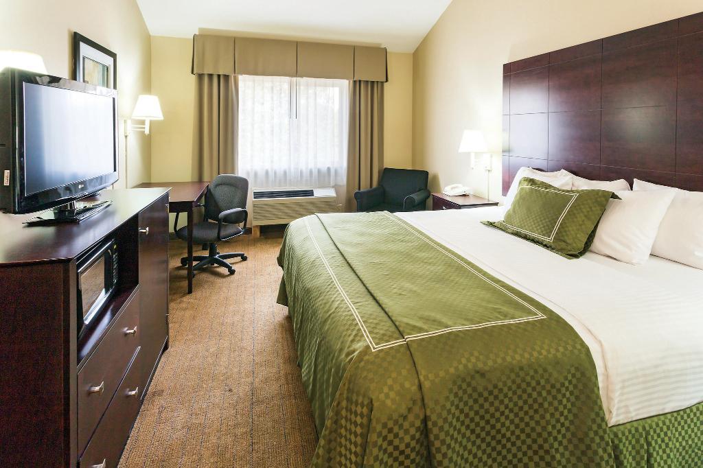 La Quinta Inn Suites Salem