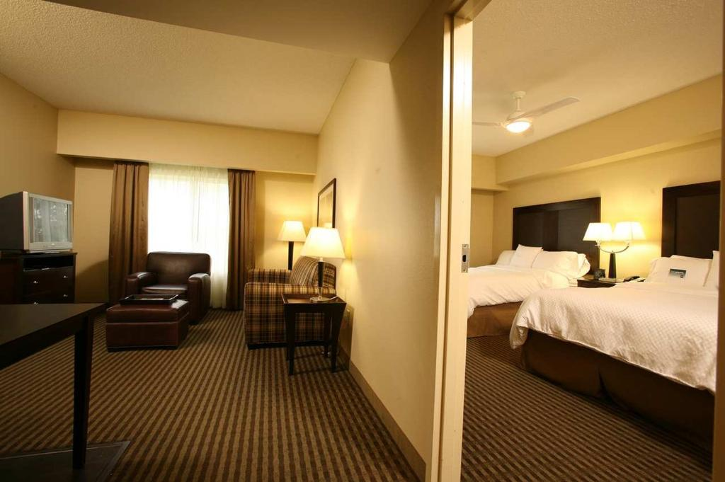 Homewood Suites Louisville East