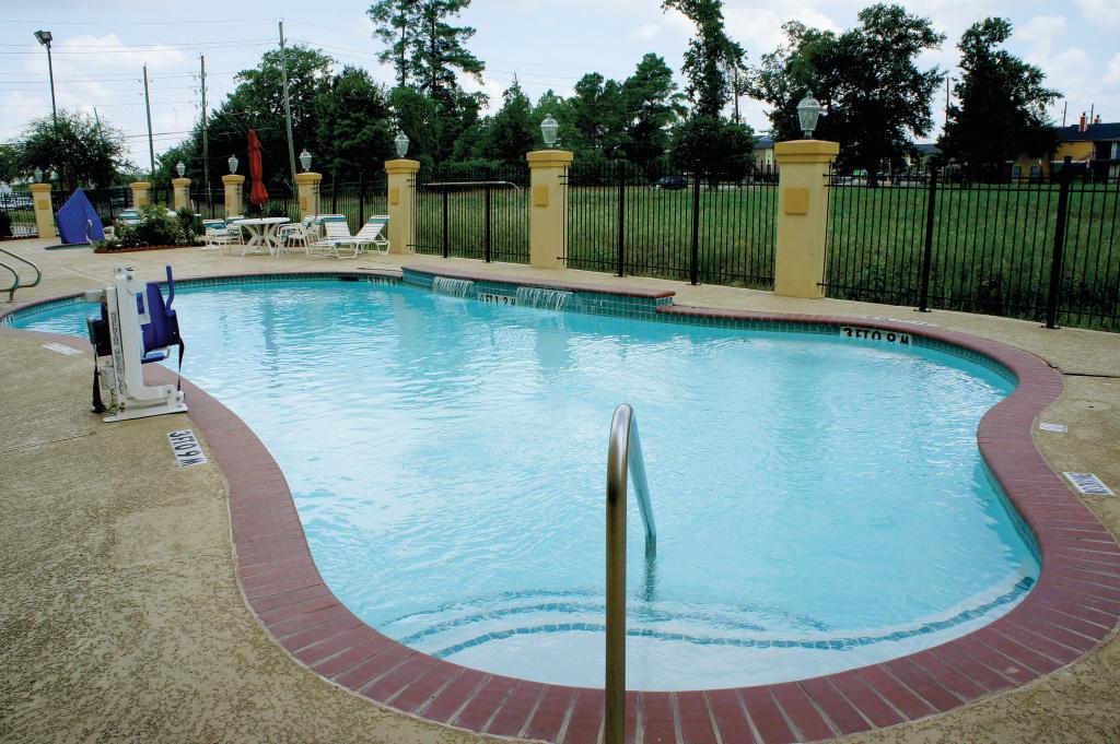 La Quinta Inn & Suites Houston 1960