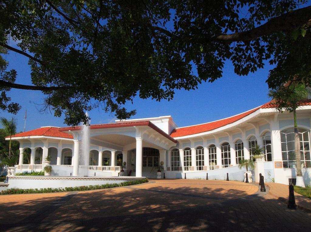 퀸타 리얼 빌라 헤르모사 호텔
