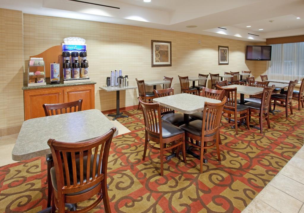 Holiday Inn Express Elk Grove