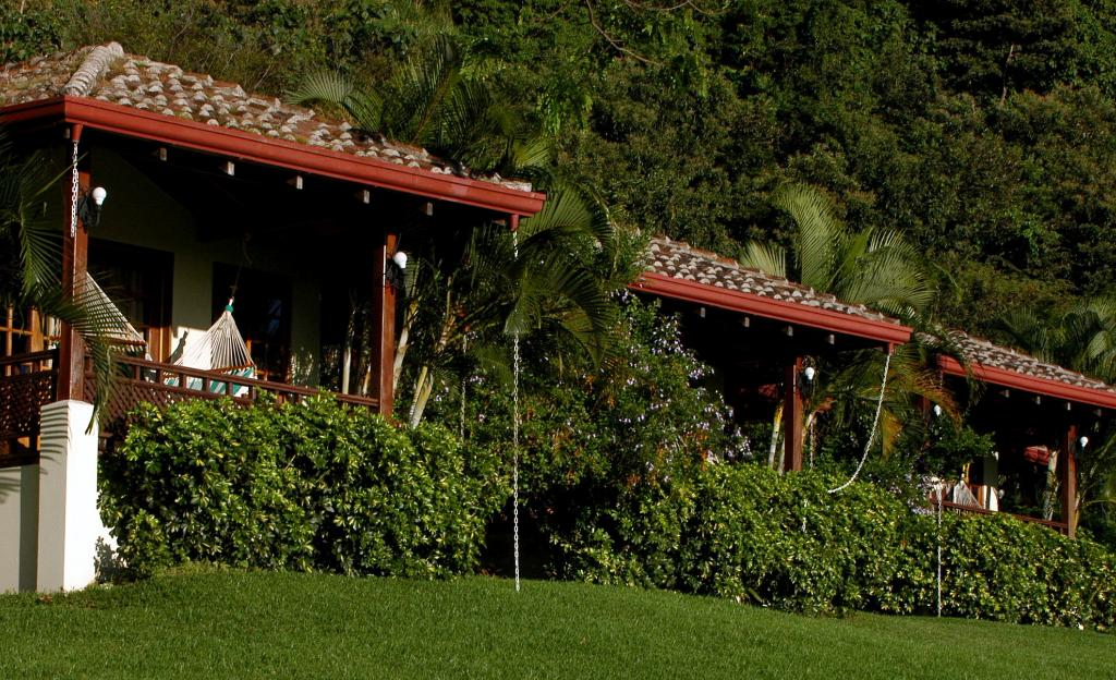 Hotel Borinquen Mountain Resort