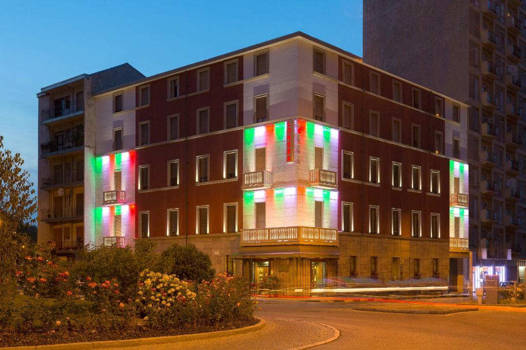 호텔 론드라