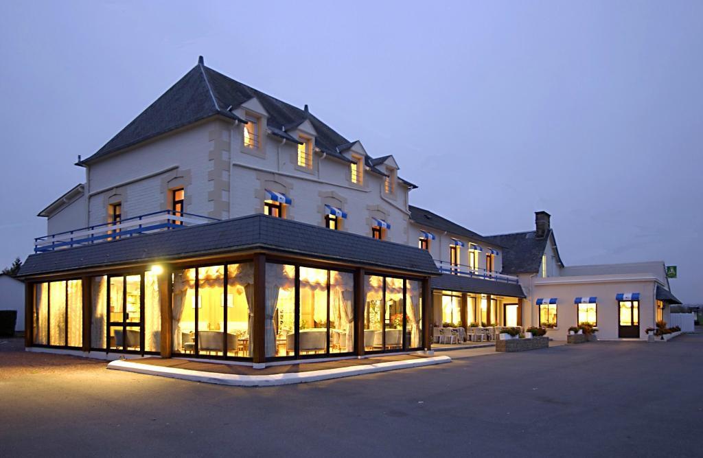 Les 13 Assiettes Hotel