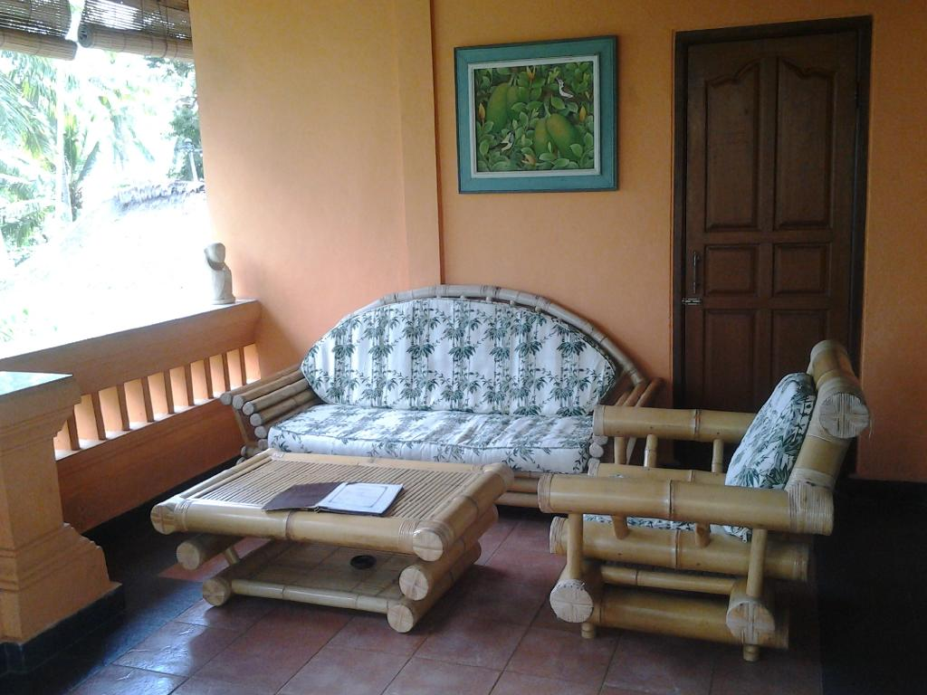 Sri Sunari Guest House