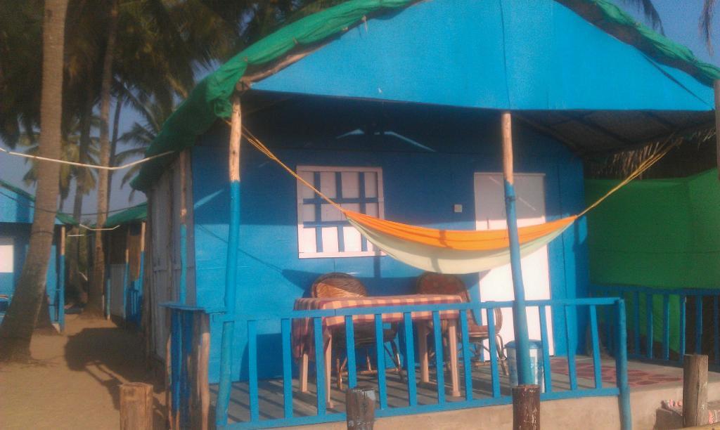 Kashinath Beach Huts