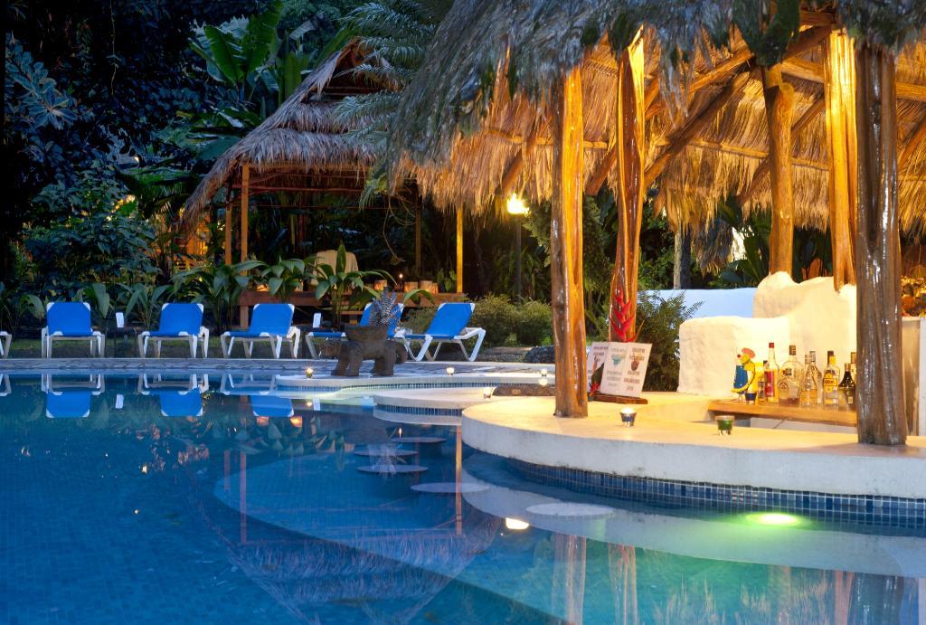 호텔 카리블루
