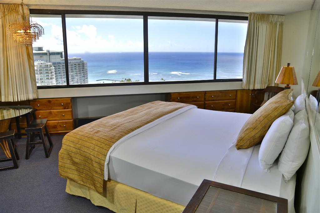 Marina Tower Waikiki