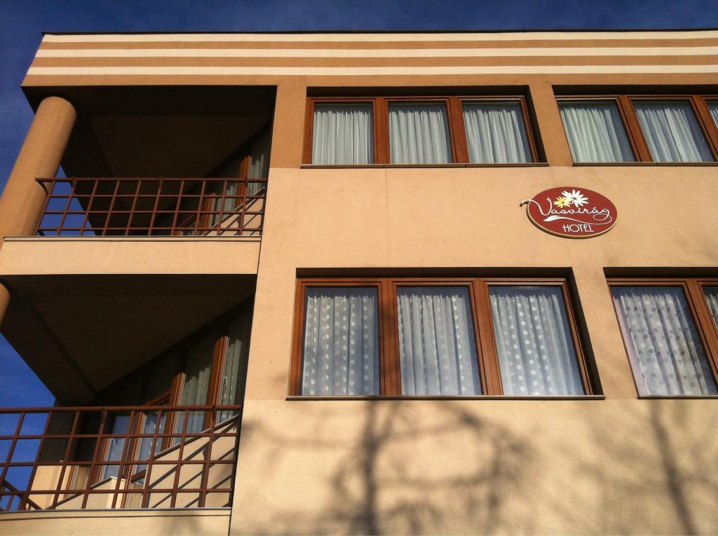 Vasvirag Hotel