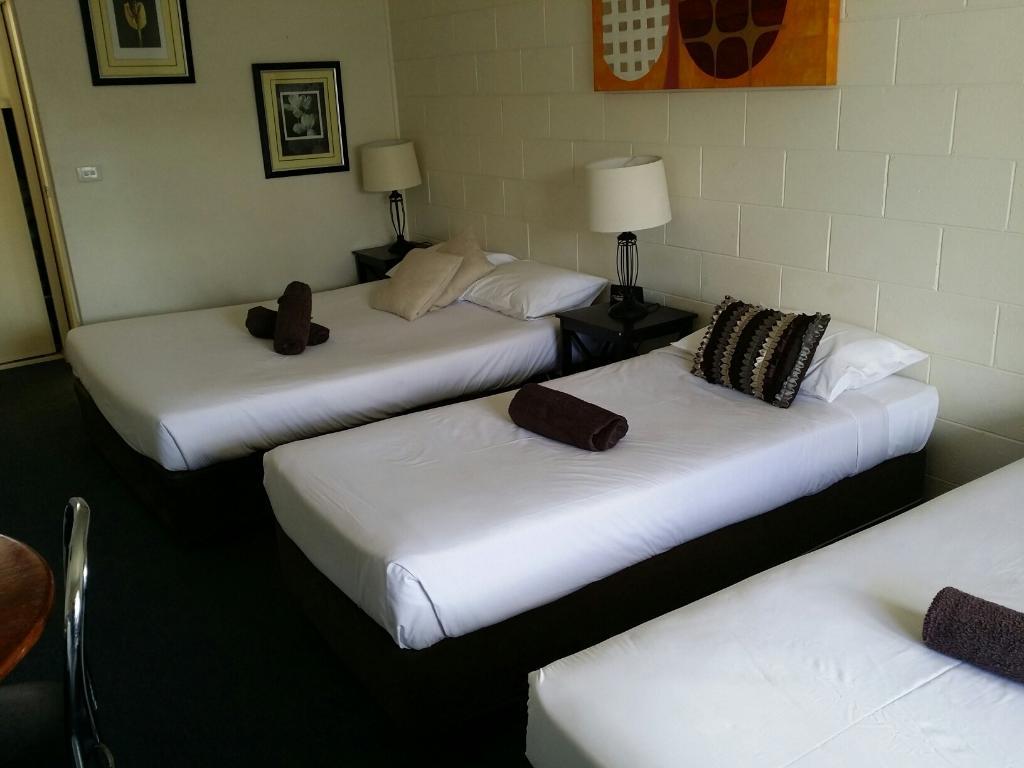 Rosebud Motel