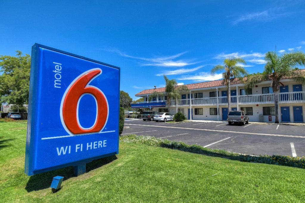モーテル 6 ロサンゼルス - ポモナ