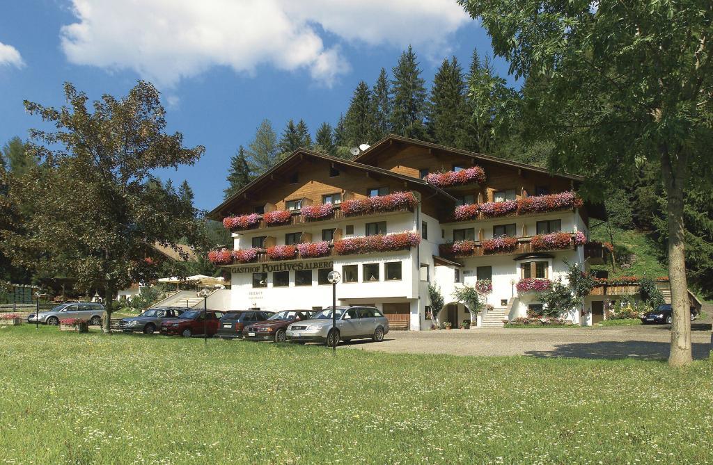Hotel Pontives