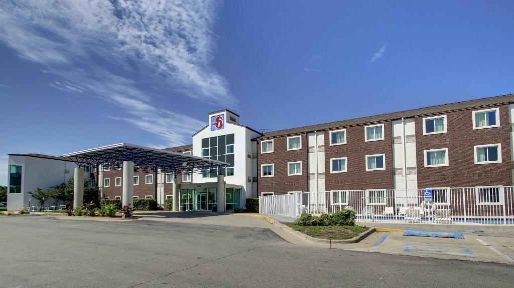 Motel 6 Des Moines West