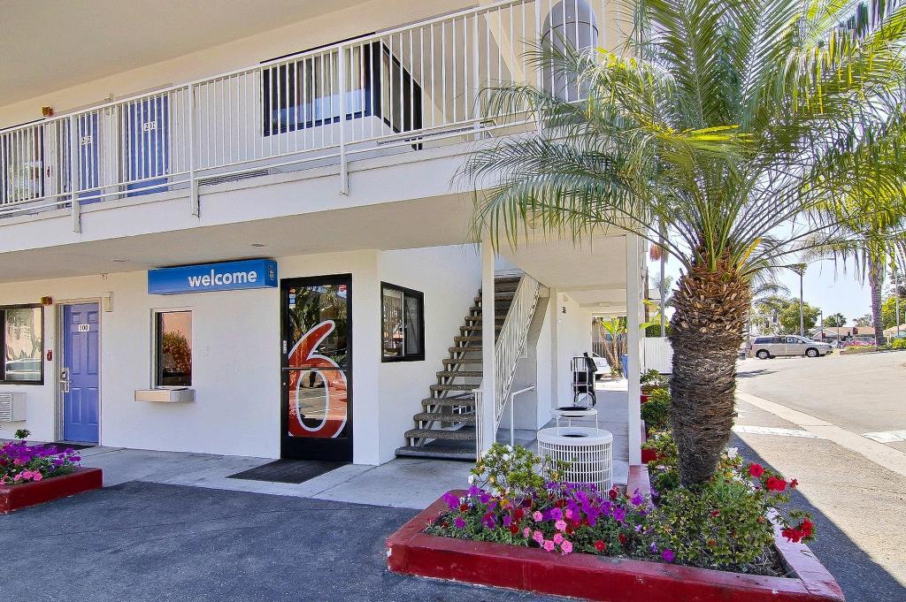 モーテル 6 サンタ バーバラ - ステート ストリート