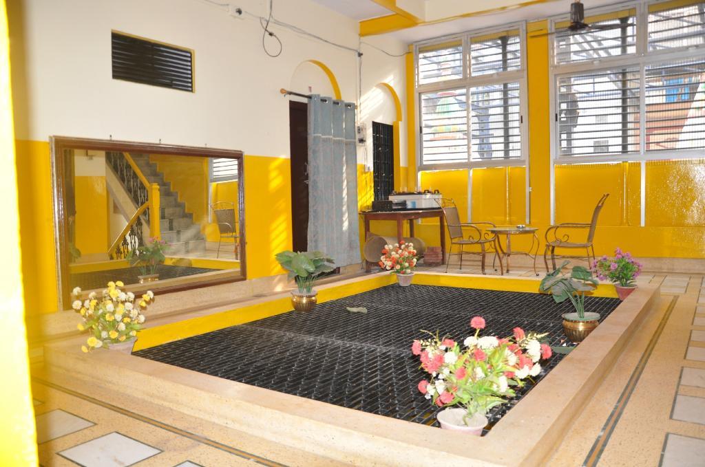 Shivakashi Guest House