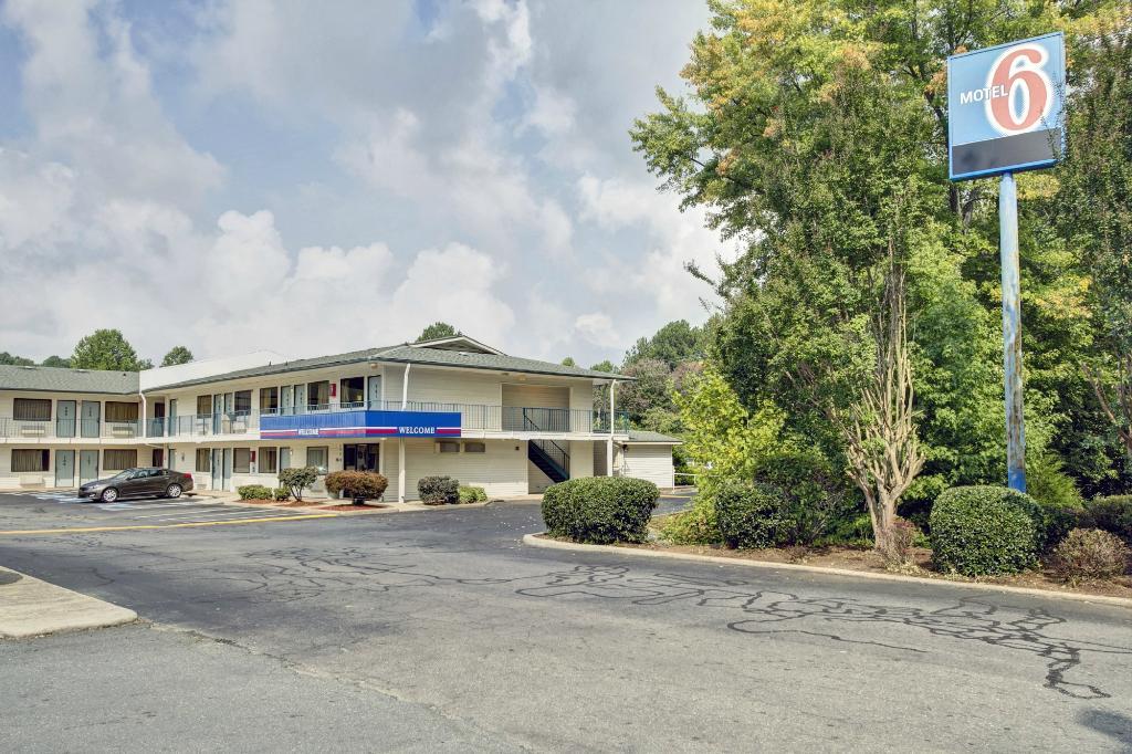 Motel 6 Winston-Salem