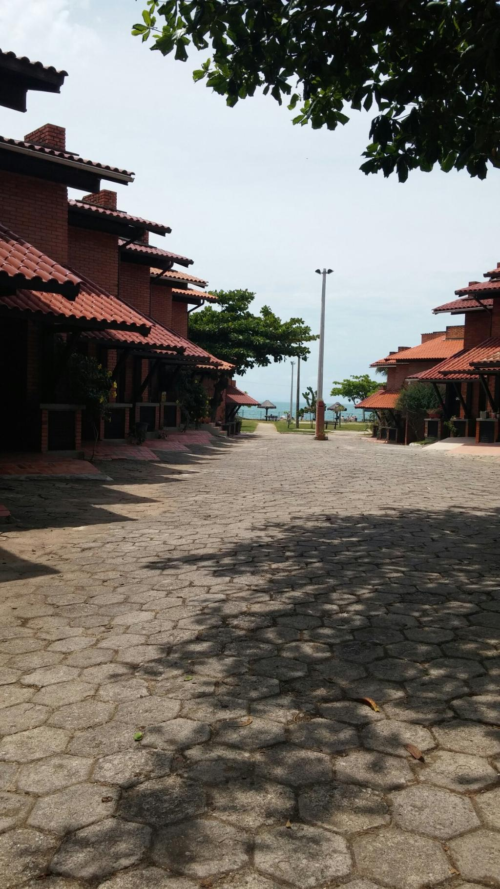 Tropical Hotel Residência