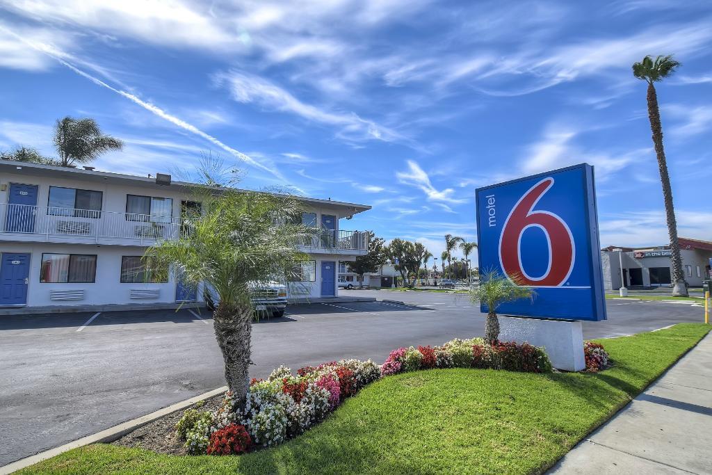 Motel 6 Stanton