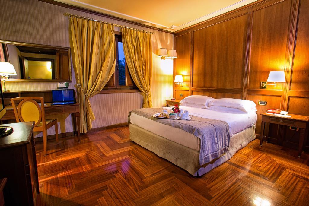 BEST WESTERN Hotel Ferrari