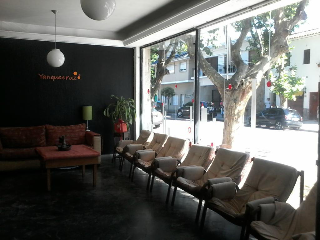 Yanquetruz Hostel