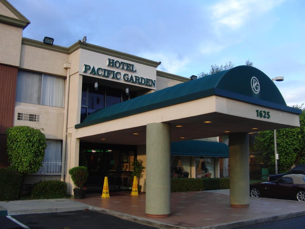 パシフィック ガーデン ホテル