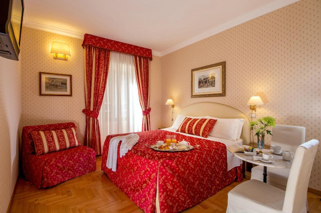 邦孔帕尼家庭式套房酒店
