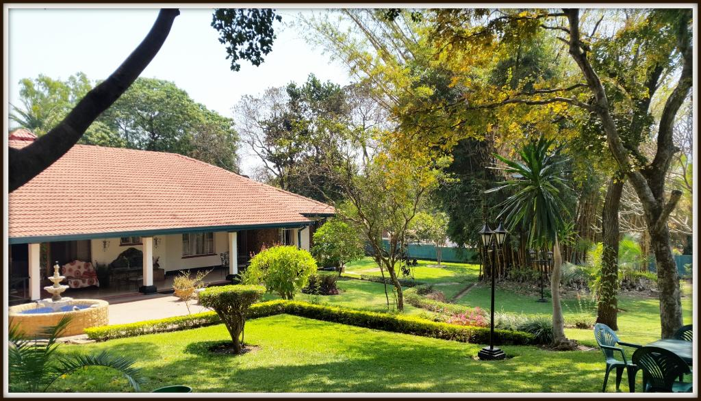 Annie's Lilongwe Executive Lodge Area 10