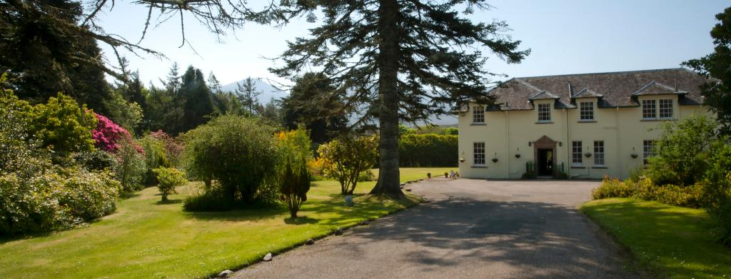MacKinnon Country House Hotel