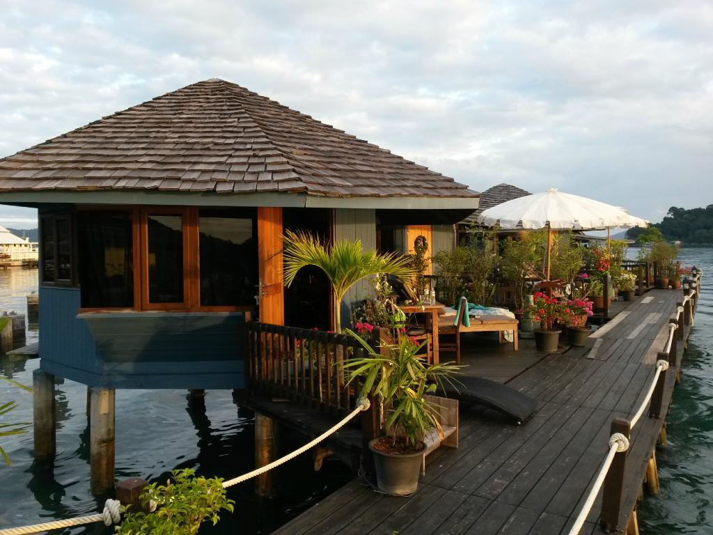 Koh Chang Sea Hut