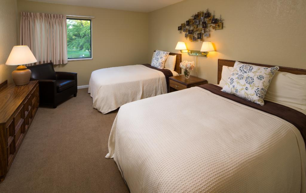 Gull Lake View Golf Club and Resort Fairway Villas