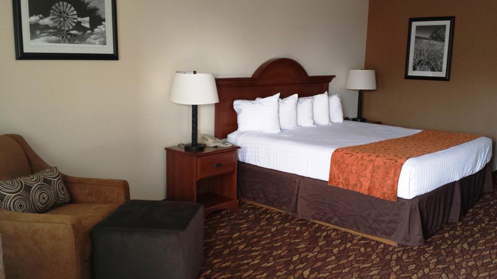 克洛維斯速 8 飯店