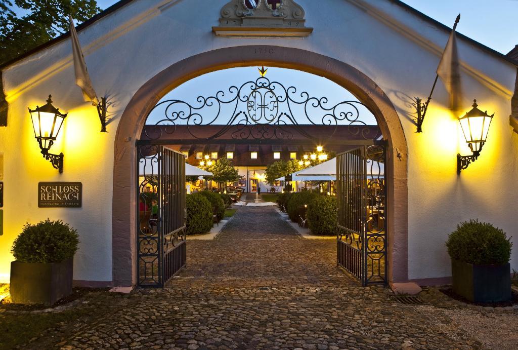 Hotel Schloss Reinach