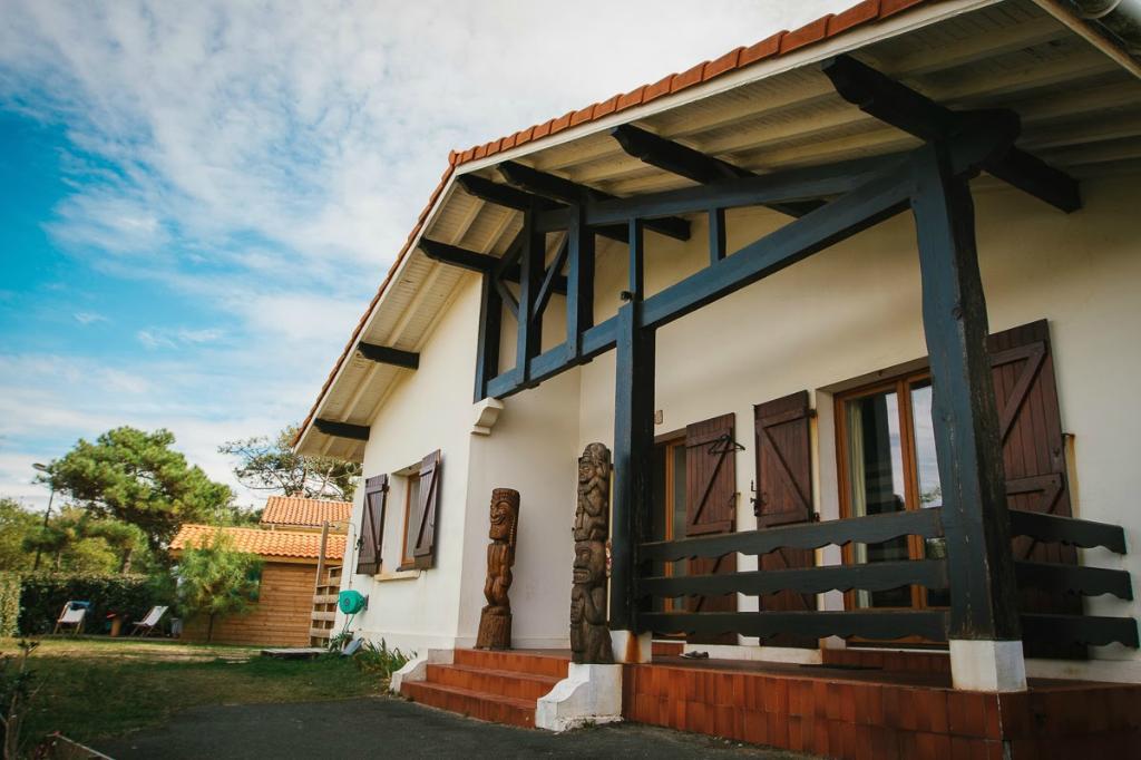 Villa Tiki / Vieux-Boucau Surflodge