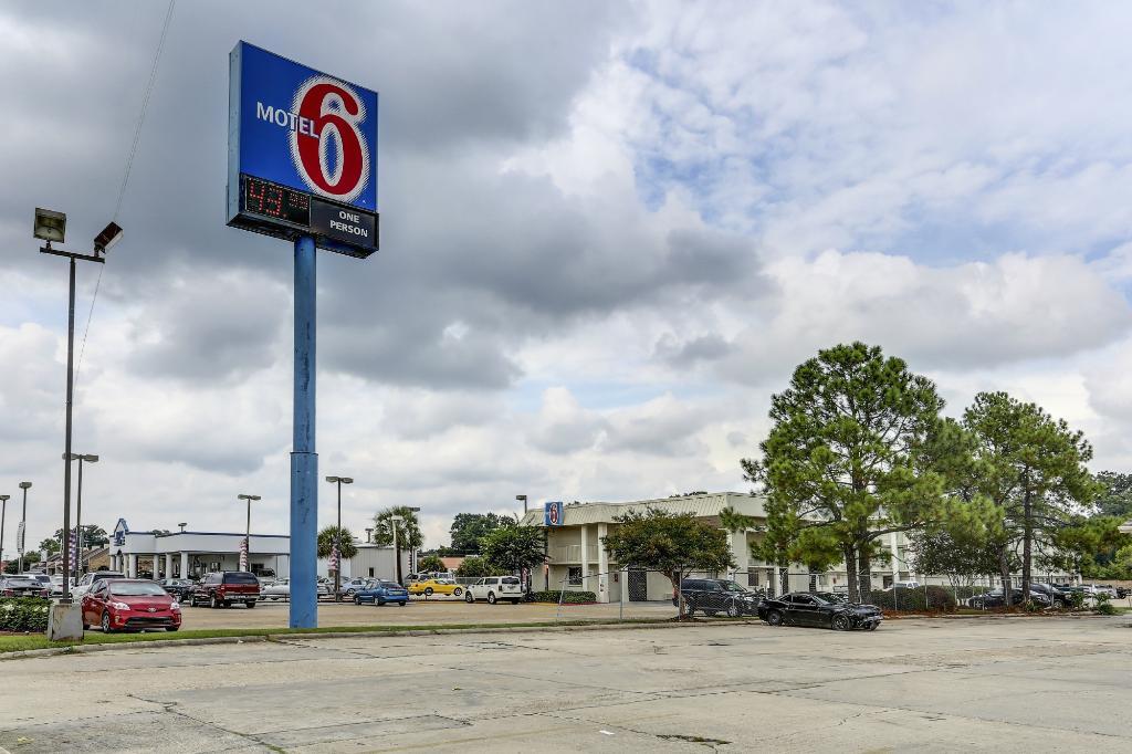 Motel 6 Baton Rouge East