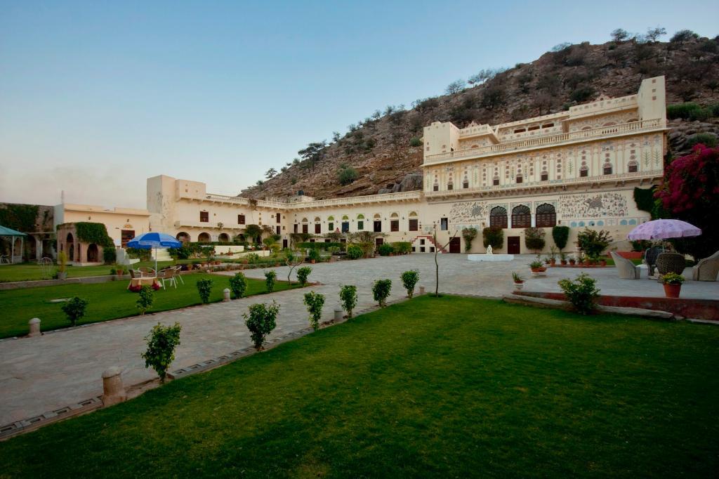 Castle Kalwar