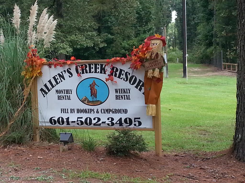 Allen's Creek Resort