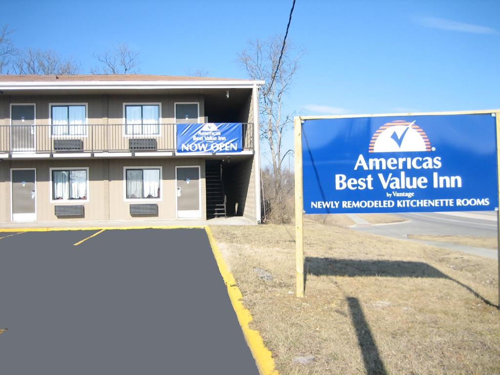Americas Best Value Inn- Topeka
