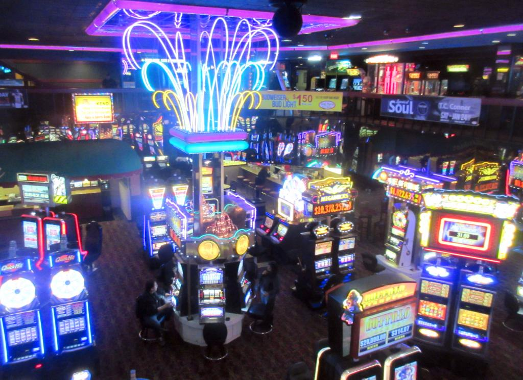 Club Cal Neva Hotel Casino