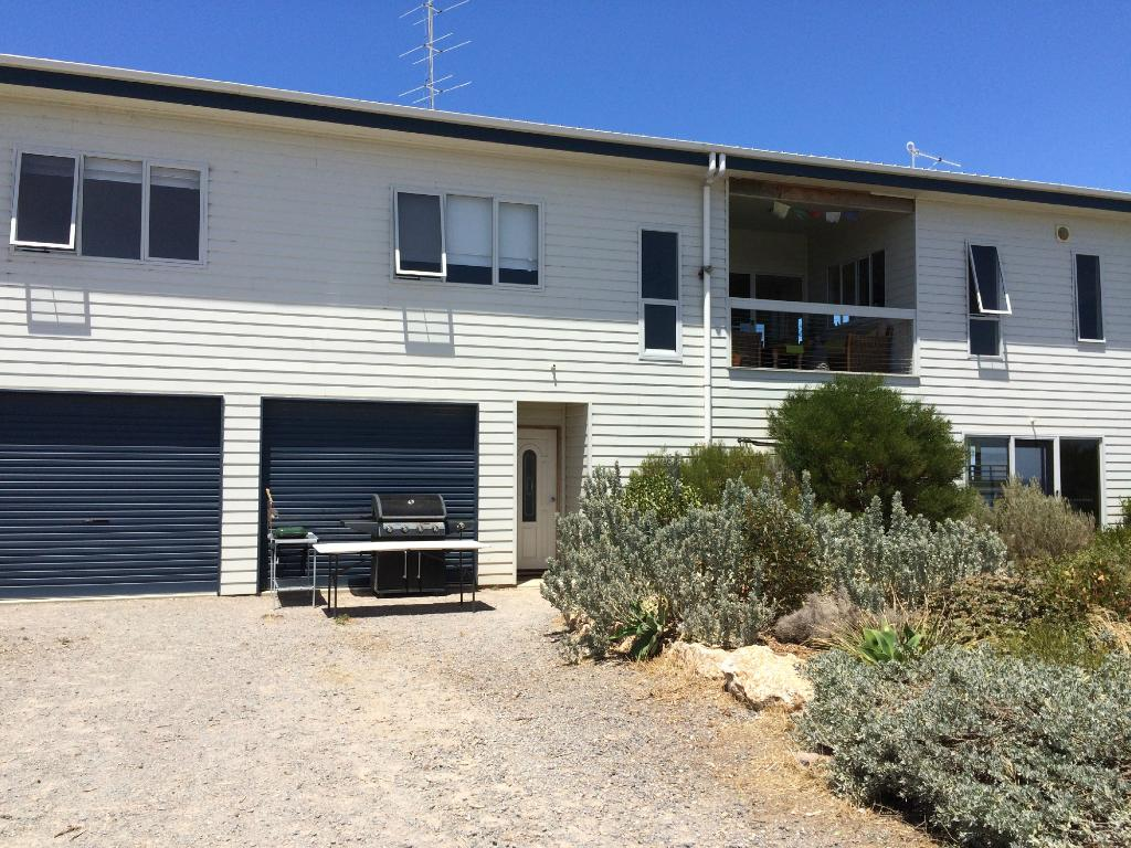 Marion Bay Seaside Apartments