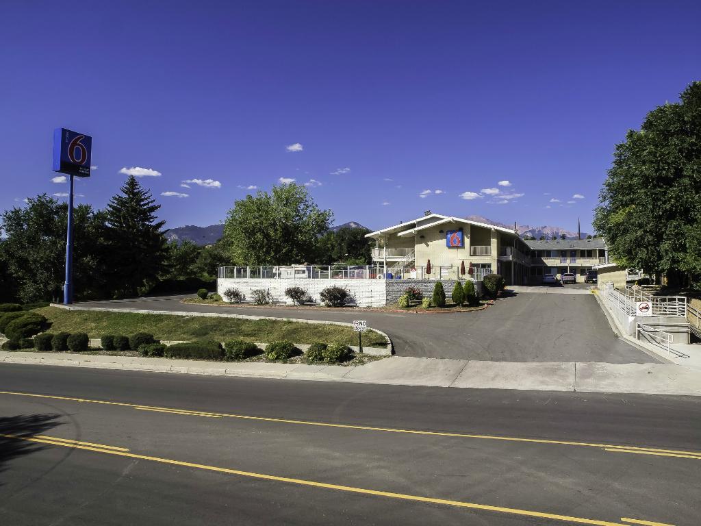科羅拉多斯普林斯 6 號汽車旅館
