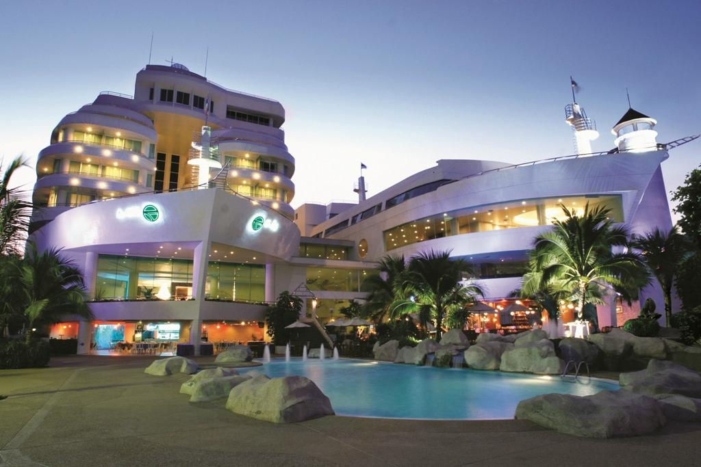 A-One The Royal Cruise Hotel