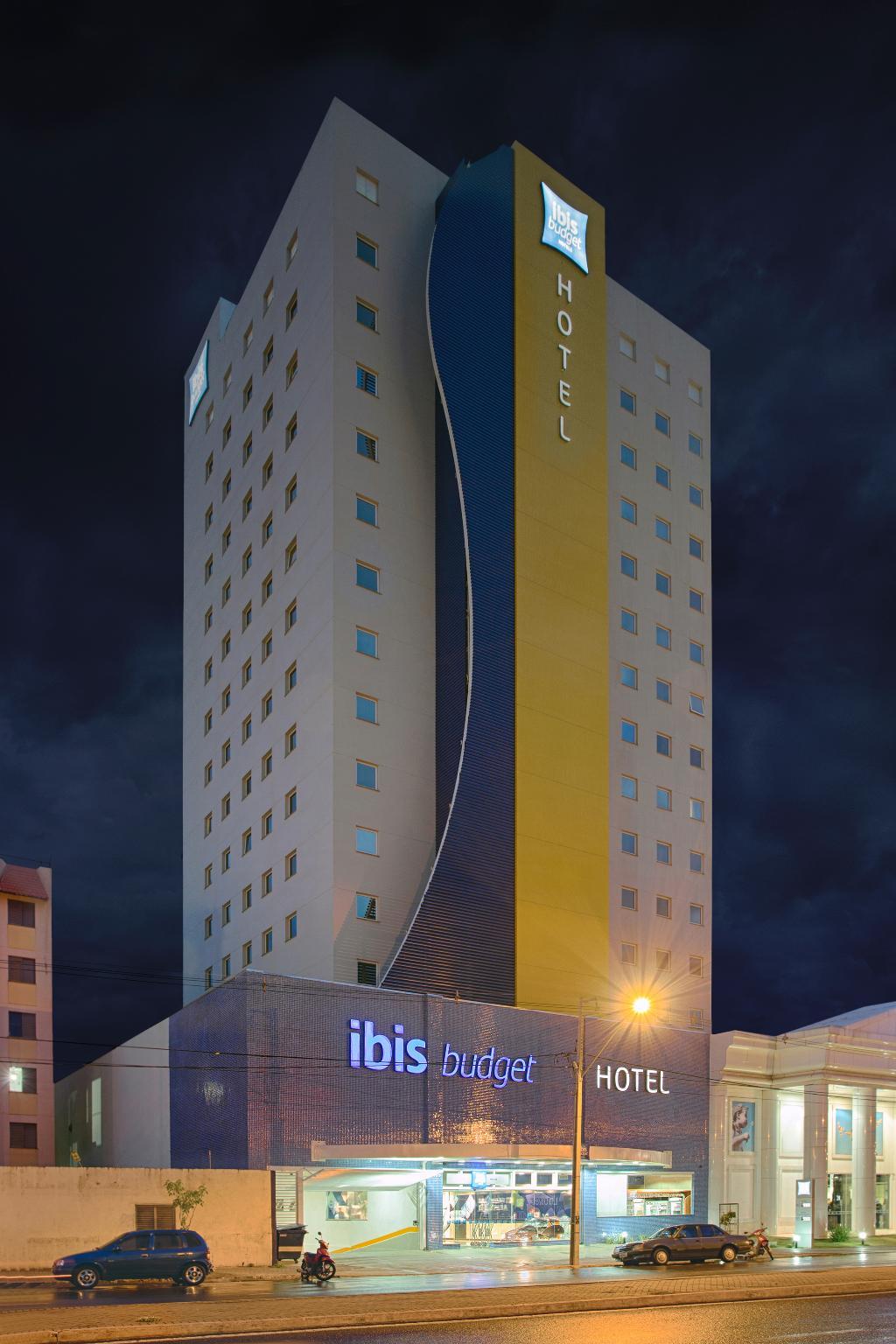 Hotel Ibis Budget Maringa